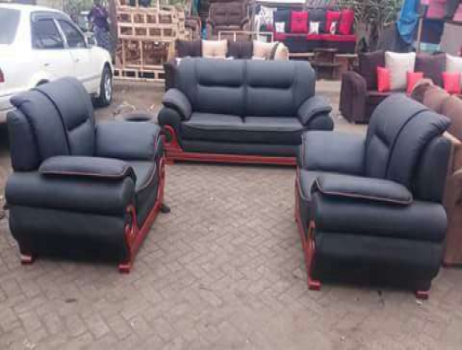 5 Seater Black Leather Sofa Set , Nairobi - Kenya   Furniture   Natafuta
