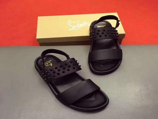 site réputé 3842d e94cf Louboutin chaussure homme, Douala - Cameroon | Fashion ...