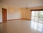 3 Bedroom Spacious 2 ensuite in an accesible location in Westlands.tion