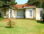 House to let in Muthaiga